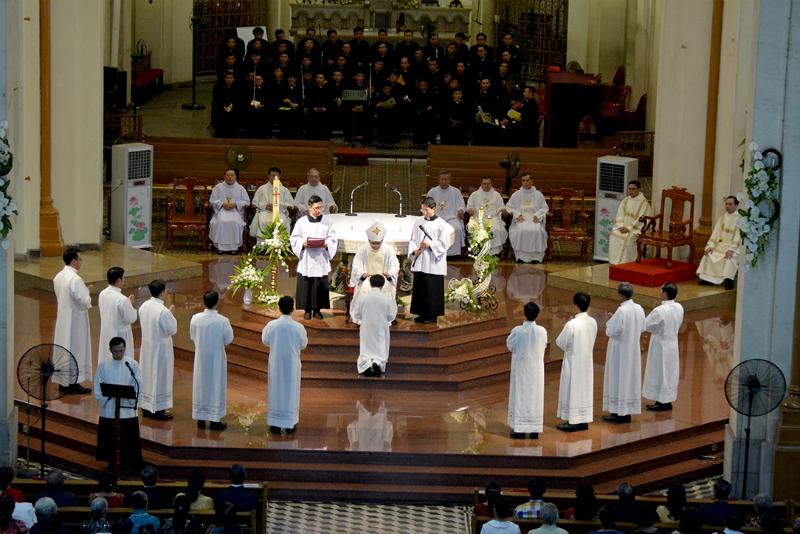 TGP Sài Gòn : Thánh lễ Truyền chức Phó tế 29.05.2019