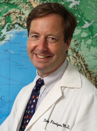 Thầy phó tế Tim Flanigan - chuyên gia về bệnh truyền nhiễm
