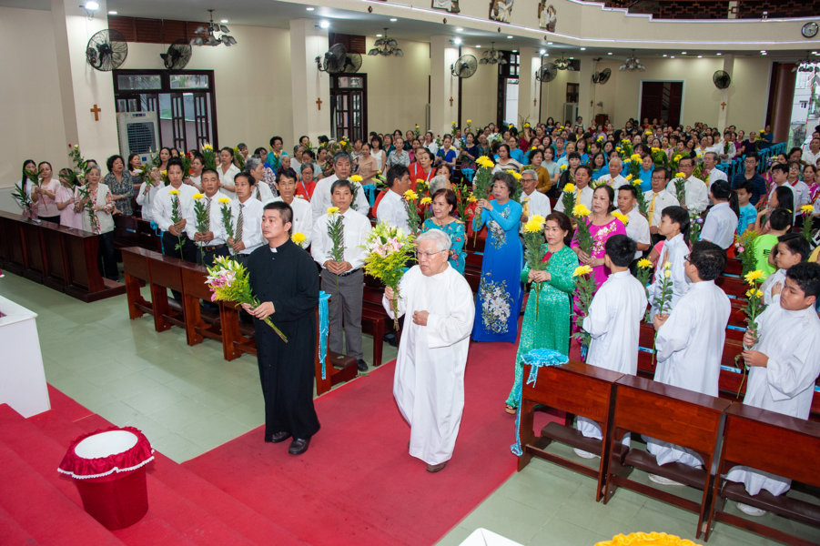 Giáo xứ Hà Nội: Kỷ niệm 17 năm Cung hiến Thánh đường