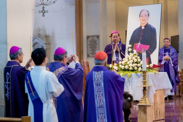 Thánh lễ giỗ mãn tang Đức cố TGM Phaolô Bùi Văn Đọc ngày 6- 3-2021
