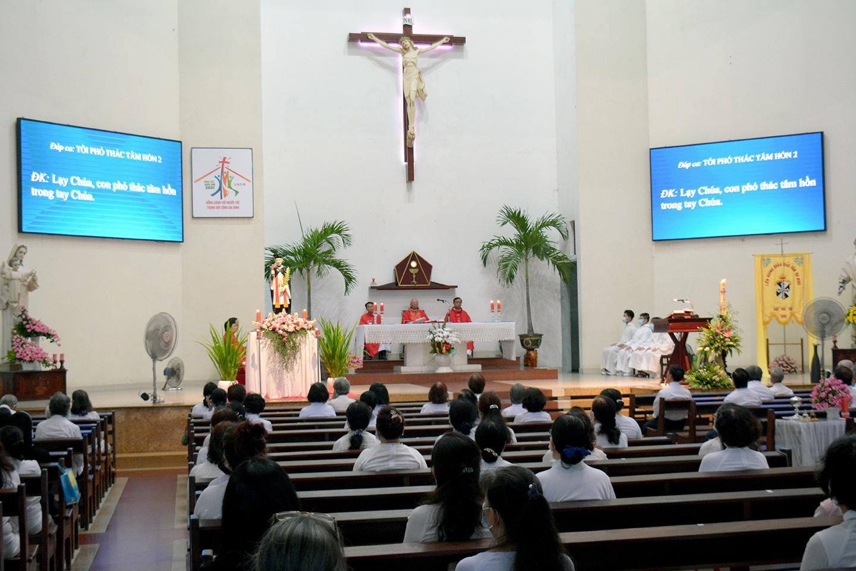 Hạt Phú Thọ: Liên Huynh Thánh Hiển mừng bổn mạng 8-5-2021