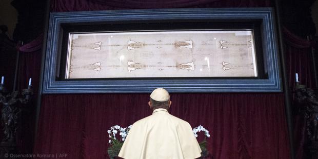 Đức Giáo hoàng cảm ơn Đức TGM Torino vì việc phát trực tiếp Tấm Khăn Liệm