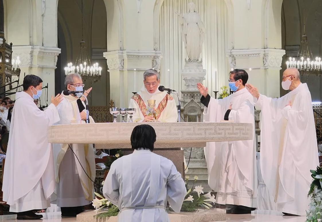 Nhà thờ Đức Bà Sài Gòn: Đại lễ Lòng Chúa Thương Xót 2021