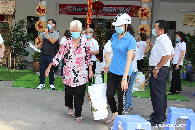 Giáo xứ Tân Phú: Những hoạt động bác ái trong mùa dịch