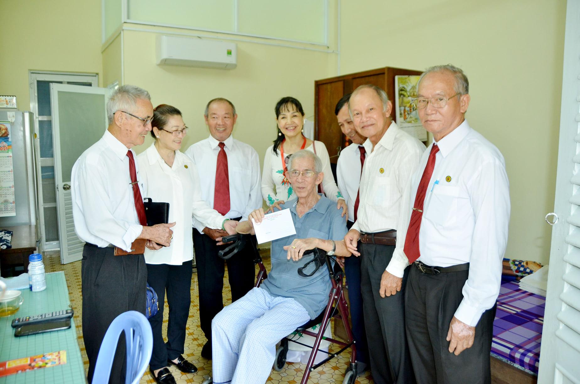 Gia đình Phạt tạ Thánh Tâm hạt Phú Thọ: Thực thi bác ái mùa Chay và mùa Phục Sinh 2021