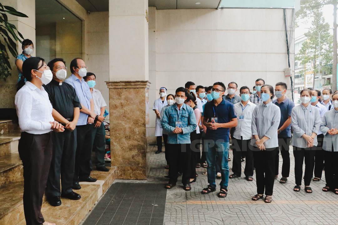 8 Linh mục và 84 Tu sĩ lên đường phục vụ bệnh nhân Covid đợt 4