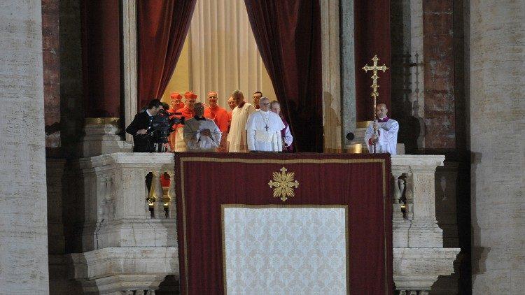Sáu bức ảnh ý nghĩa nhất trong triều đại Giáo hoàng của ĐTC Phanxicô