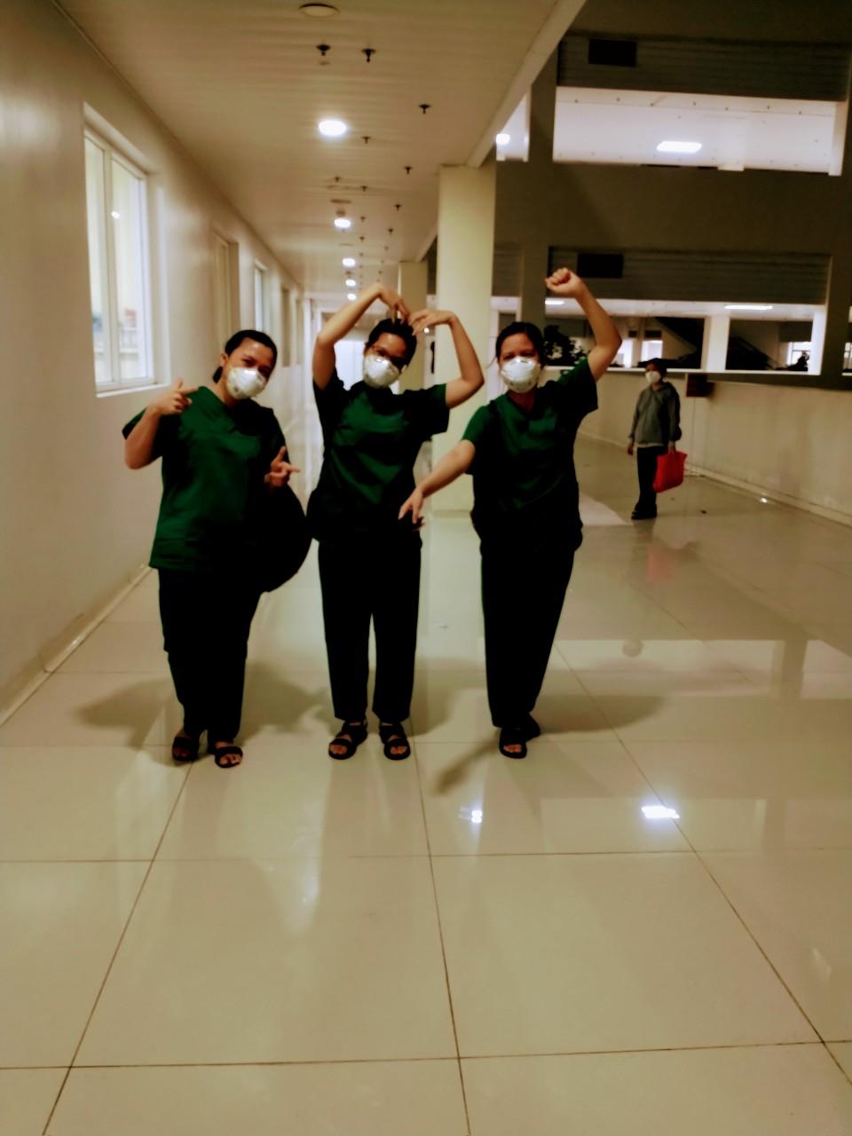 Nhật ký chăm sóc bệnh nhân Covid-19 tại bệnh viện: Ngày thứ hai