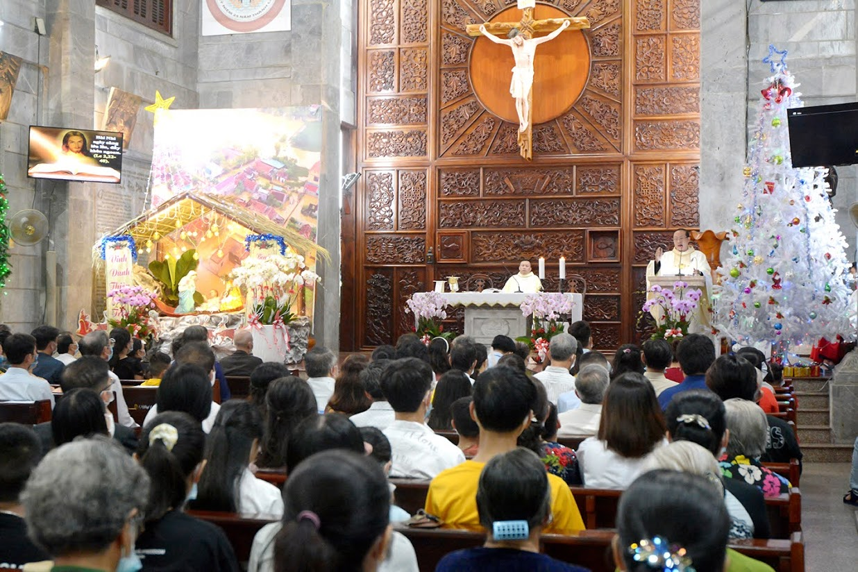 Giáo xứ Vĩnh Hòa: Thánh lễ kỷ niệm Hôn phối ngày 27-12-2020
