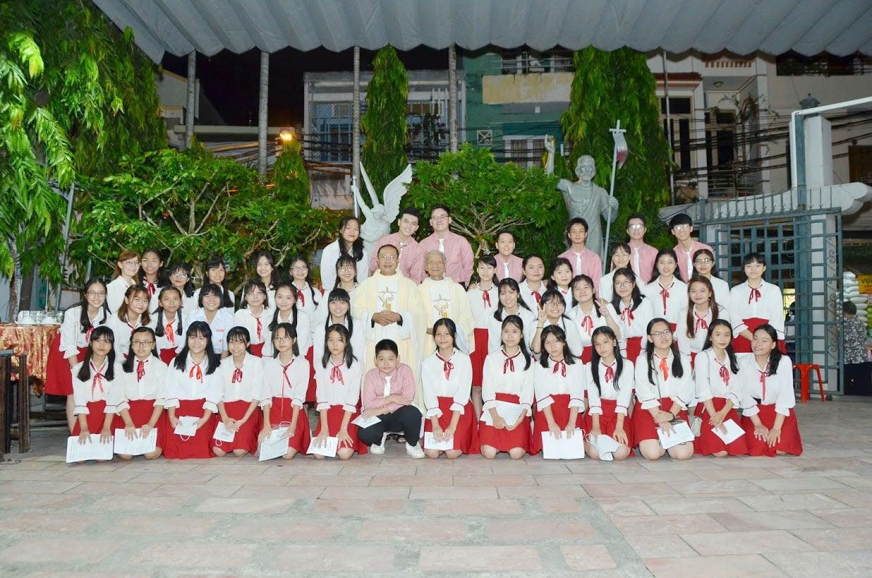 Giáo xứ Vĩnh Hòa: Mừng lễ bổn mạng ca đoàn Thiên Thần ngày 29-9-2020