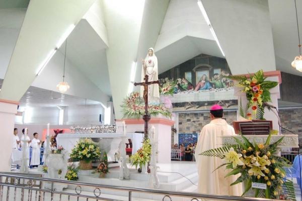 Giáo xứ Bình Triệu: Đại lễ mừng kính Đức Mẹ Fatima